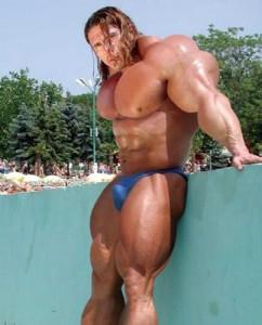 Extreme bodybuilder 03